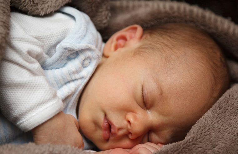 Co zrobić, aby pierwsza kąpiel dziecka obyła się bez łez?